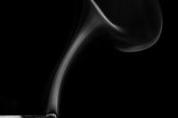 streichholzserie 3 - bild 5 (sw) - PHOTOGALERIE WIESBADEN - flamme rauch formen