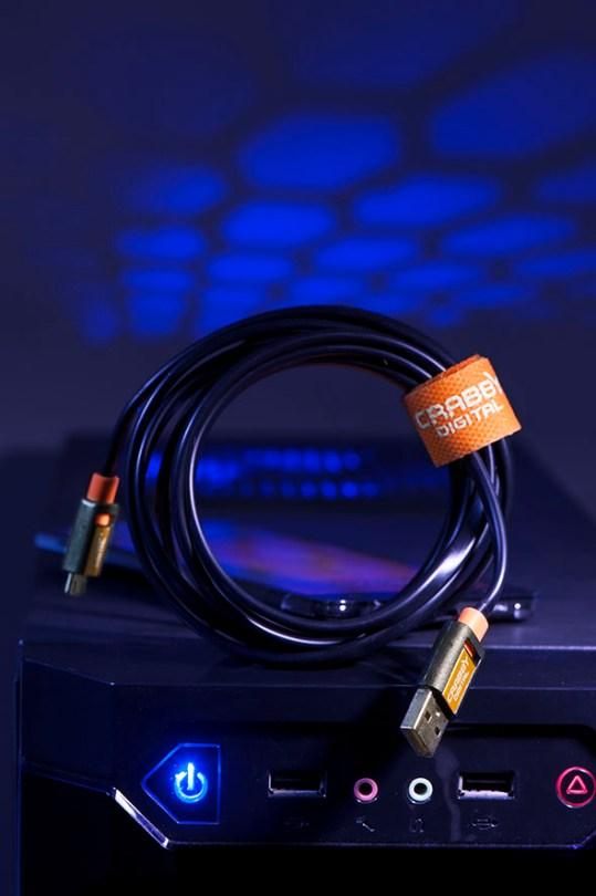 Etobicoke Toronto commercial photographer usb charge & data sync cable product shot