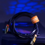 Etobicoke Toronto commercial photographer usb charge & data sync cable product shot