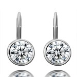US jewelry photographer Round Diamond Stud Earrings set White Gold front