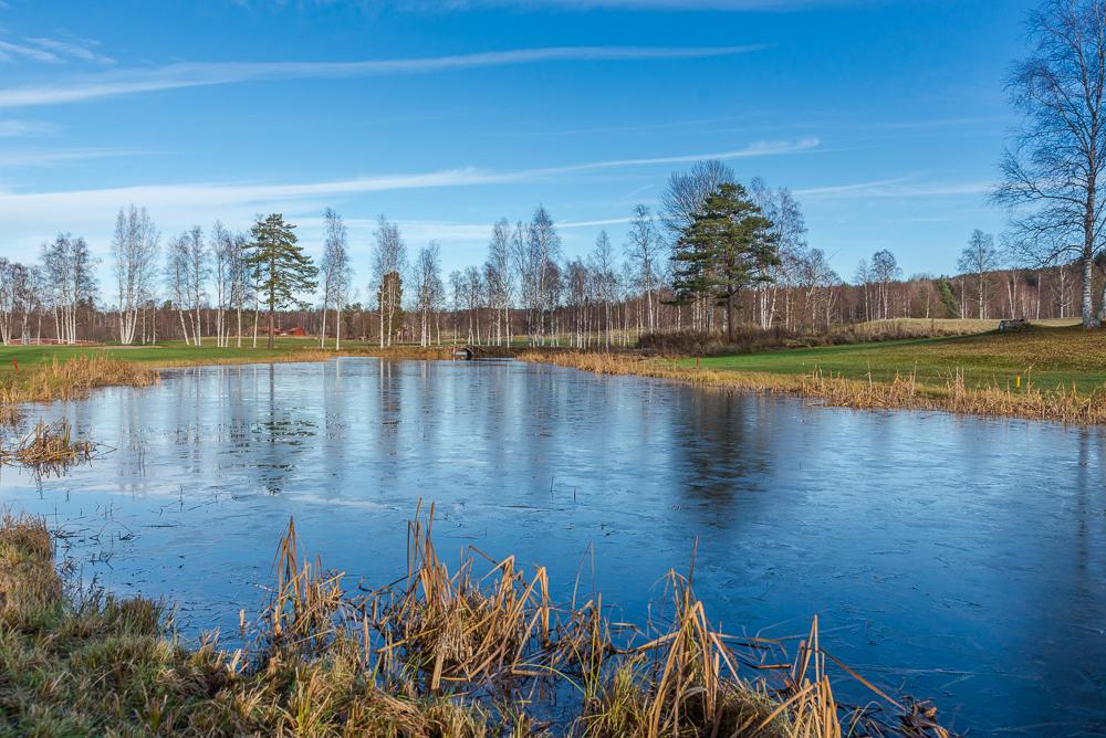 by_golf_course_lake_lake_full