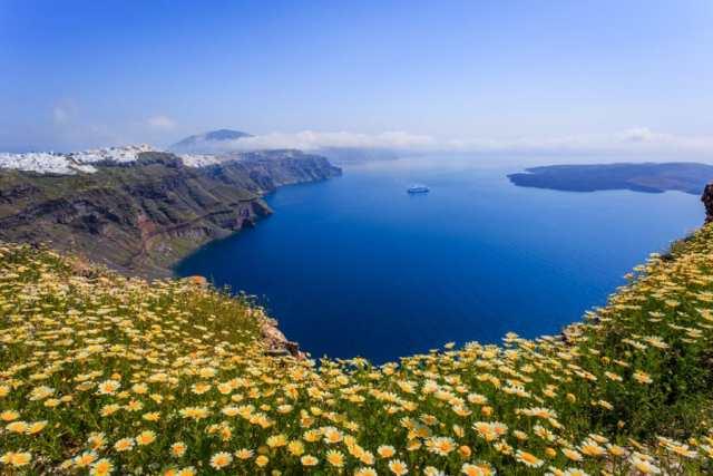 photographer's guide to Santorini