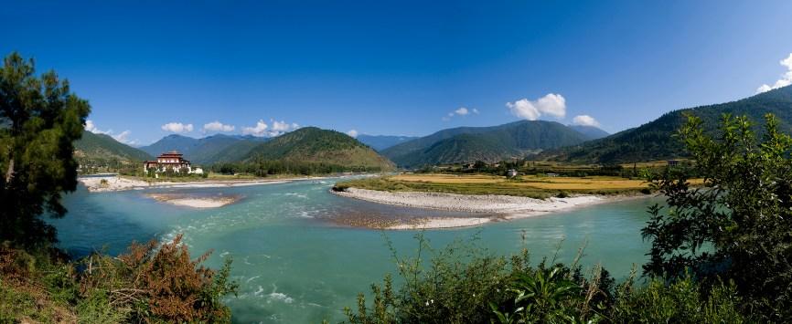 Panorama shot of the Punakha Dzong and the Mo Chhu river in Bhutan