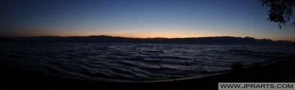 Zonsondergang bij het meer van Ohrid (Macedonië)