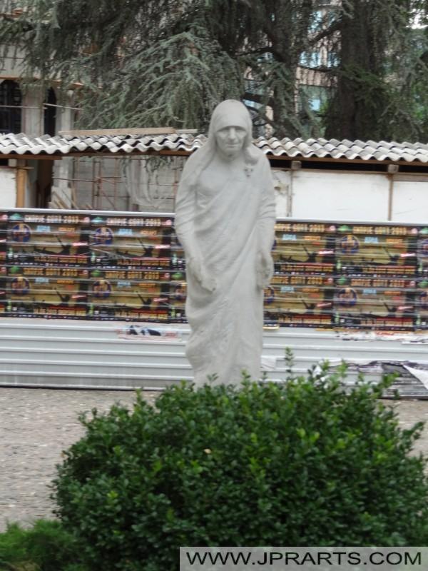 Statua Madre Teresa (Museo della Memoria, Skopje - Macedonia)