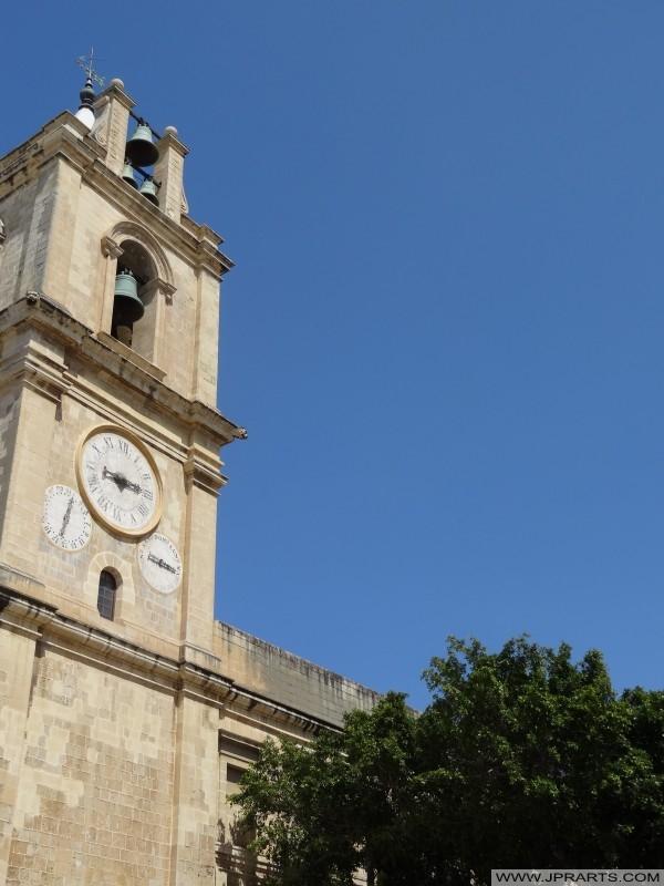 Glockenturm von St. Johns Co-Cathedral in Valletta, Malta