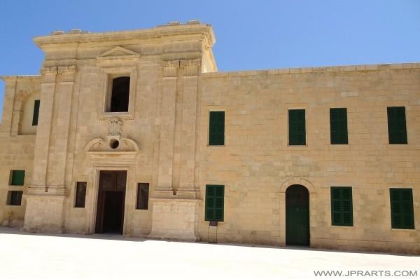 Garnizonowy kościół św Anny (Valletta, Malta)