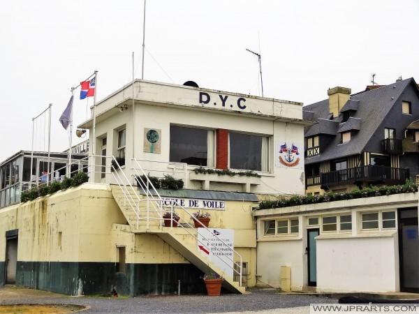 Club de Voile de Deauville YC (France)