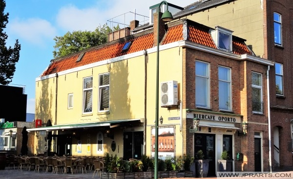 Cerveza barra Oporto en Maassluis, Países Bajos