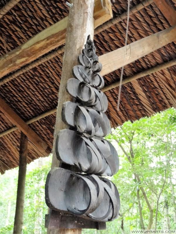 Viet Cong sandalen gemaakt van oude autobanden (Cu Chi tunnel, Ben Dinh, Vietnam)