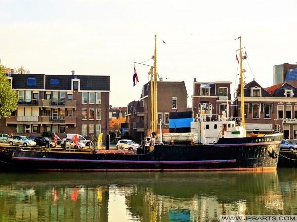 Remorqueur Hudson; navire de musée dans maassluis, Pays-Bas