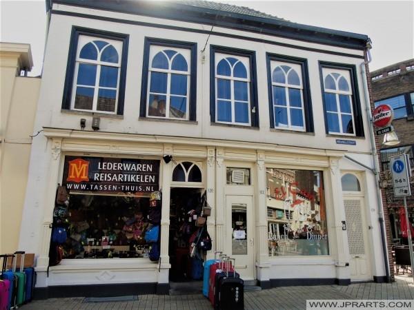 Lederwaren en Reisartikelen in Tilburg, Nederland