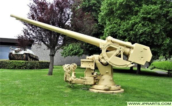 Luchtafweerkanon (Musée-Mémorial de la Bataille de Normandie in Bayeux, Frankrijk)