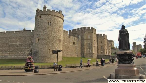 Windsor Castle and Statue of Queen Victoria in Berkshire, UK