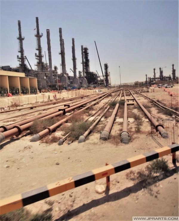 خطوط أنابيب النفط والغاز في البحرين