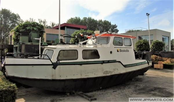 Small Boskalis Boat