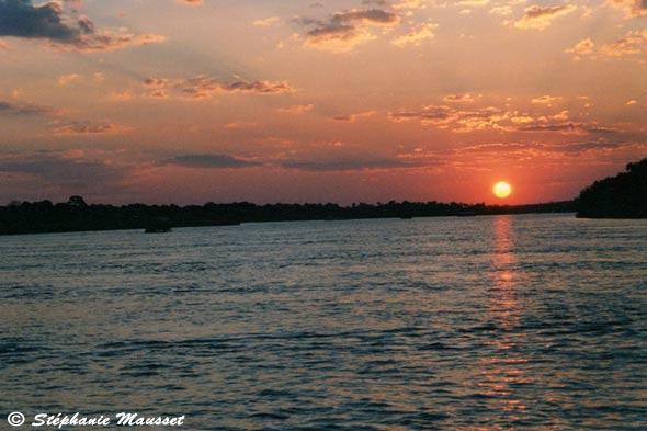 [Photo Sunset on Zambezi river]