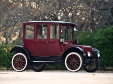 1918 Detroit Electric Brougham