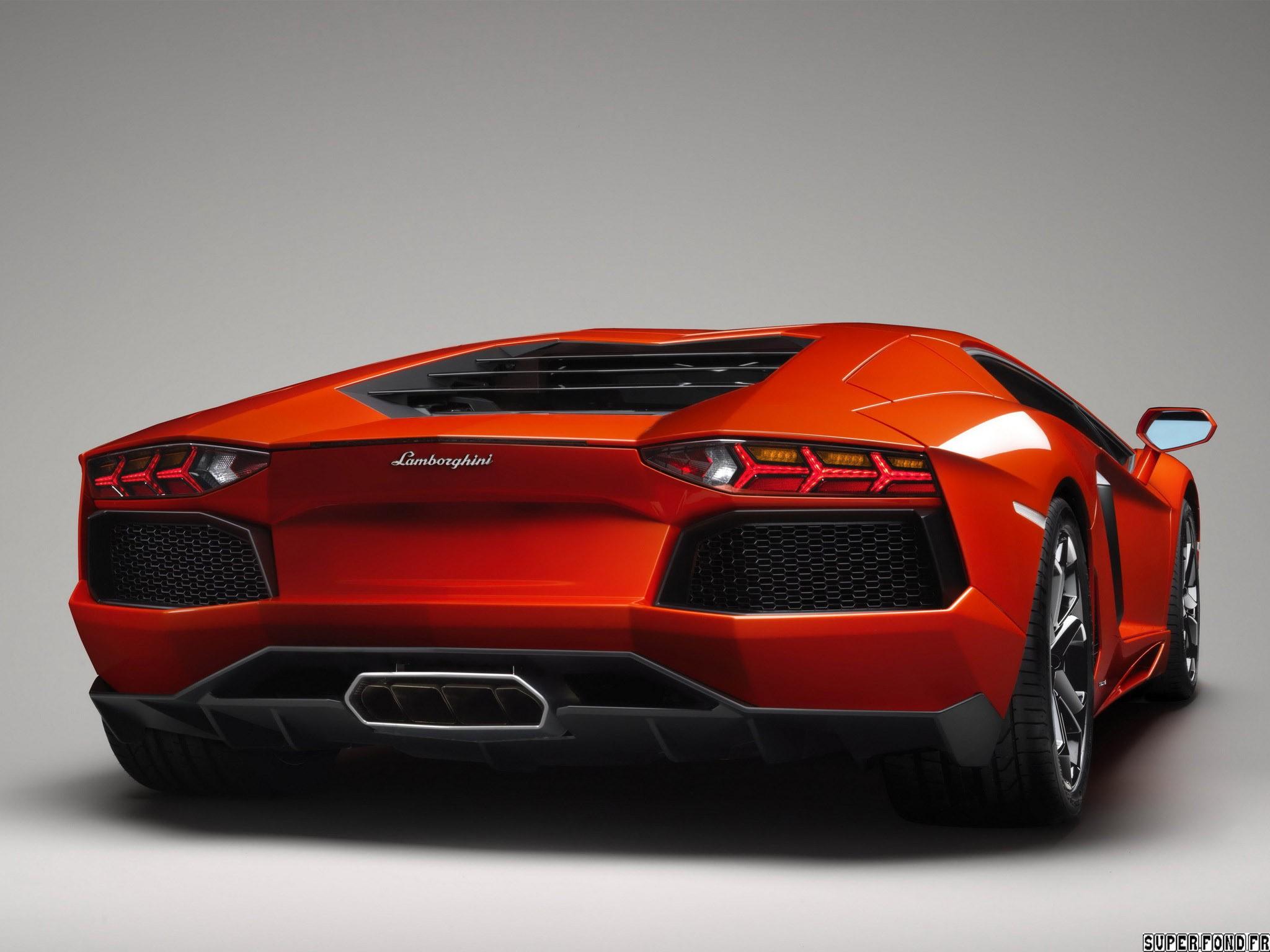 Lamborghini Aventador lp700 2011