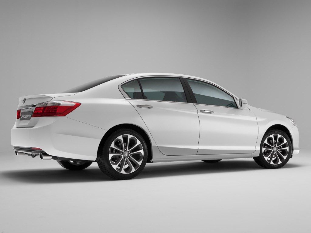 2013 Honda Accord Sedan Russia