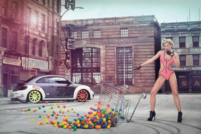 2014 Calendrier Miss Tuning Avril