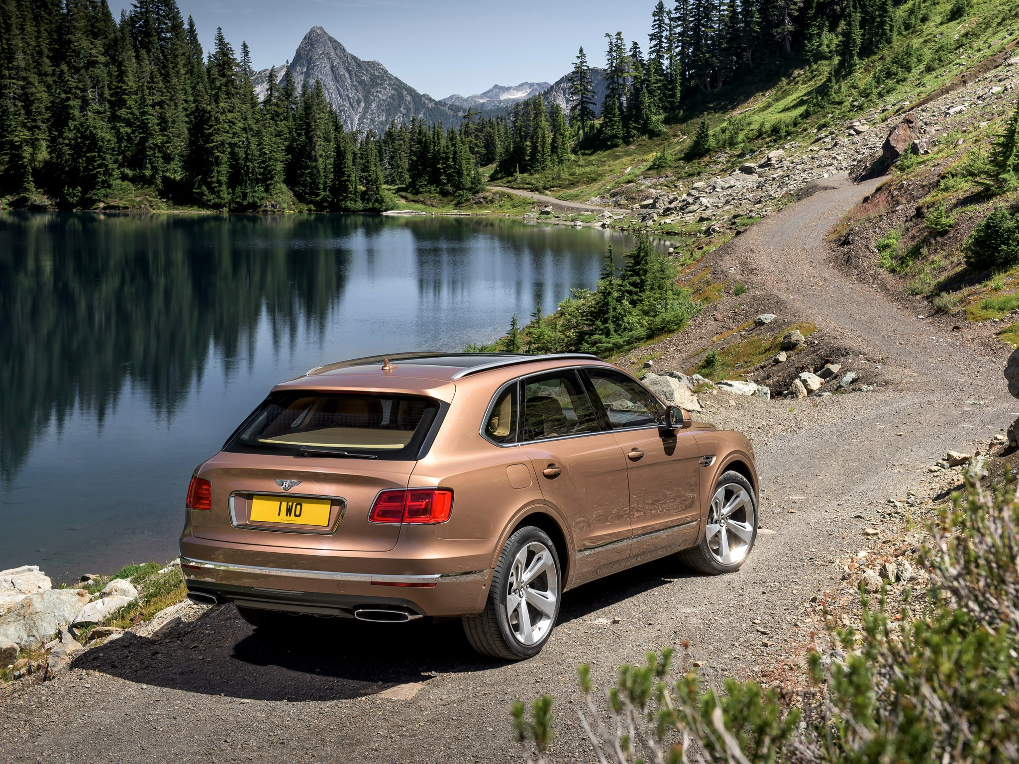 Bentley Bentayga 2016 [01]
