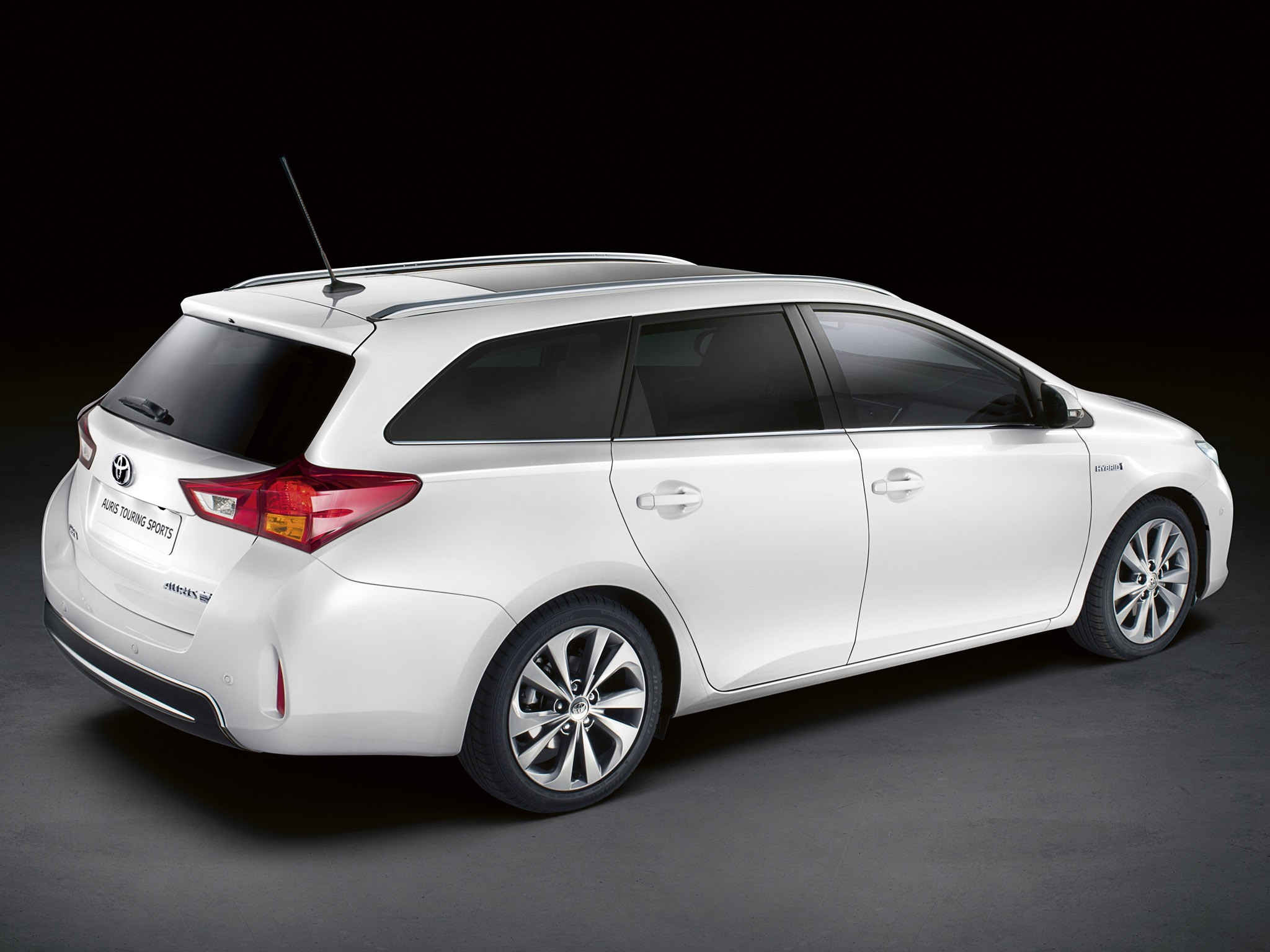 2013 Toyota Auris Touring Sports