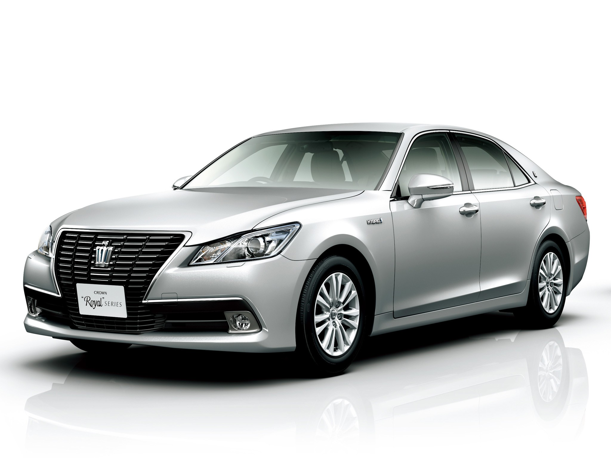 2013 Toyota Crown Royal Saloon S210