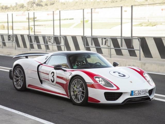 2014 Porsche 918 Spyder Weissach Package