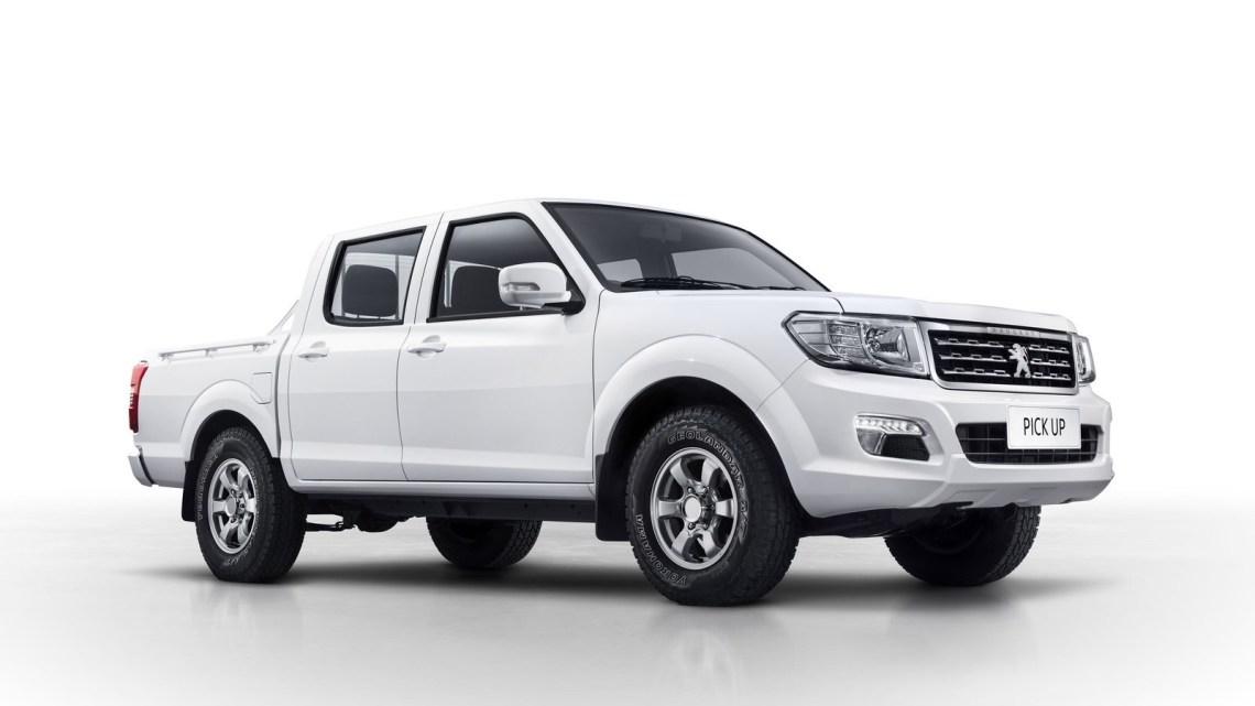 Peugeot Pickup 2018 destiné aux pays Africain. Moteur turbo diesel 2,5 l