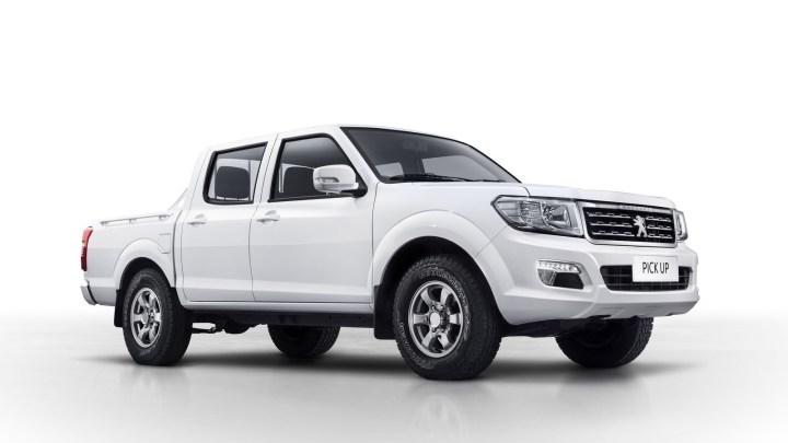 Peugeot Pick-Up 2018 destiné aux pays Africain. Moteur turbo diesel 2,5 l