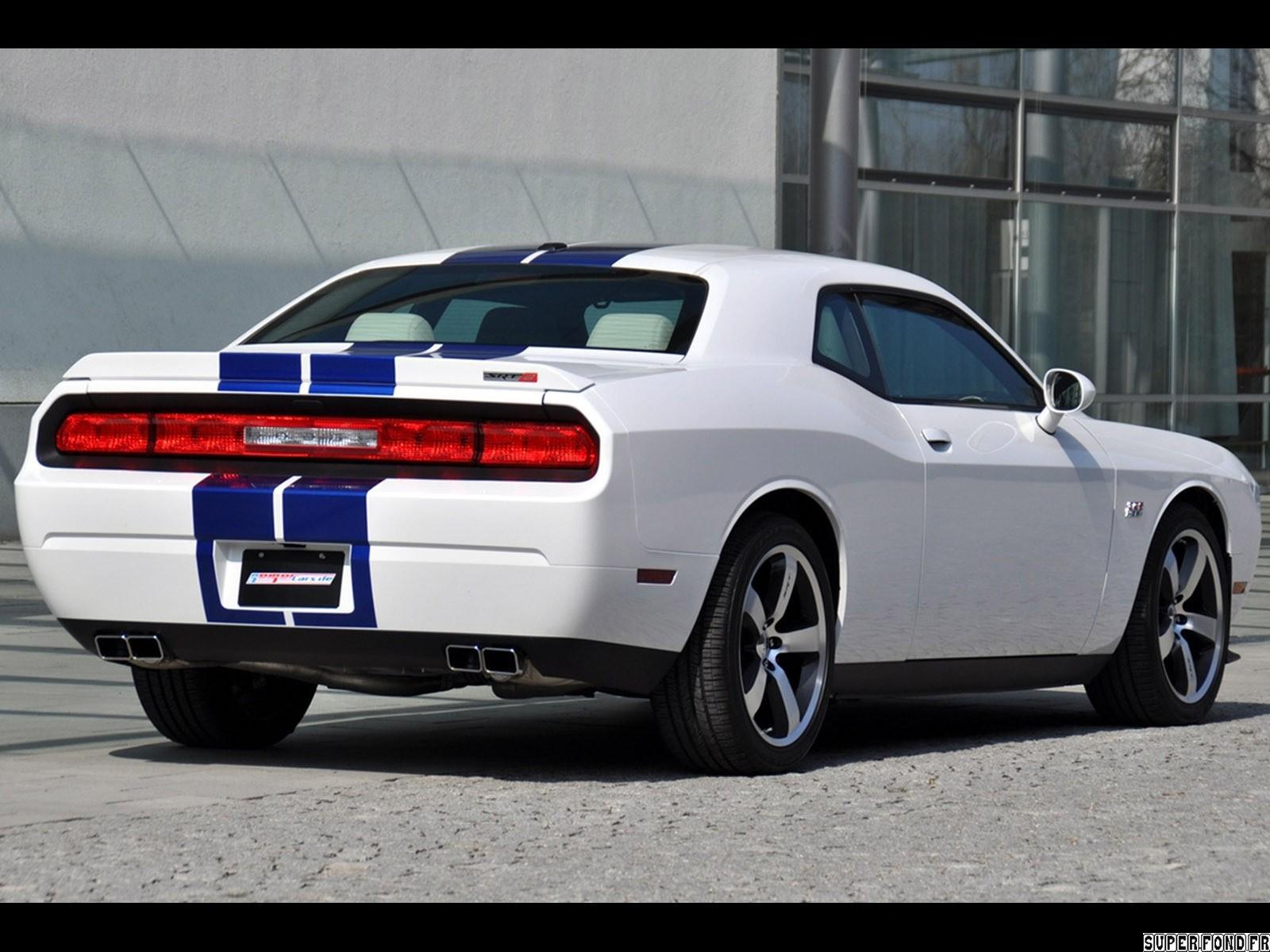 2011 Geigercars - Dodge Challenger SRT8 392