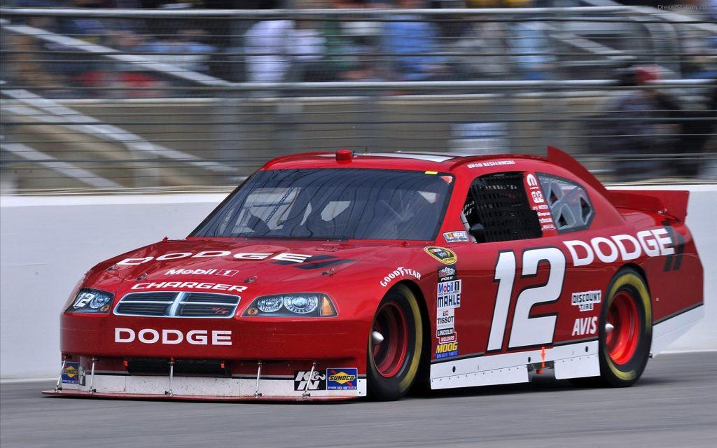 2011 Nascar Dodge NNS Challenger RT