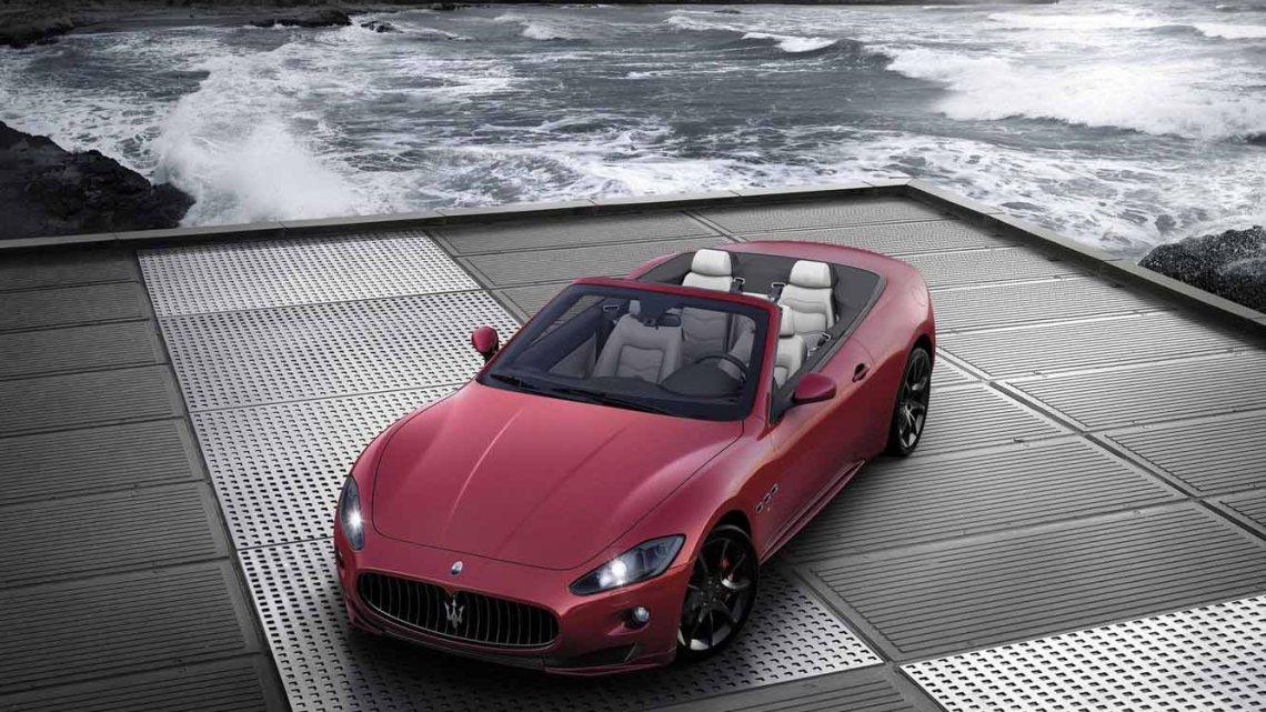 Maserati GranCabrio 2017 – Moteur V8 4,7 l de 450 ch
