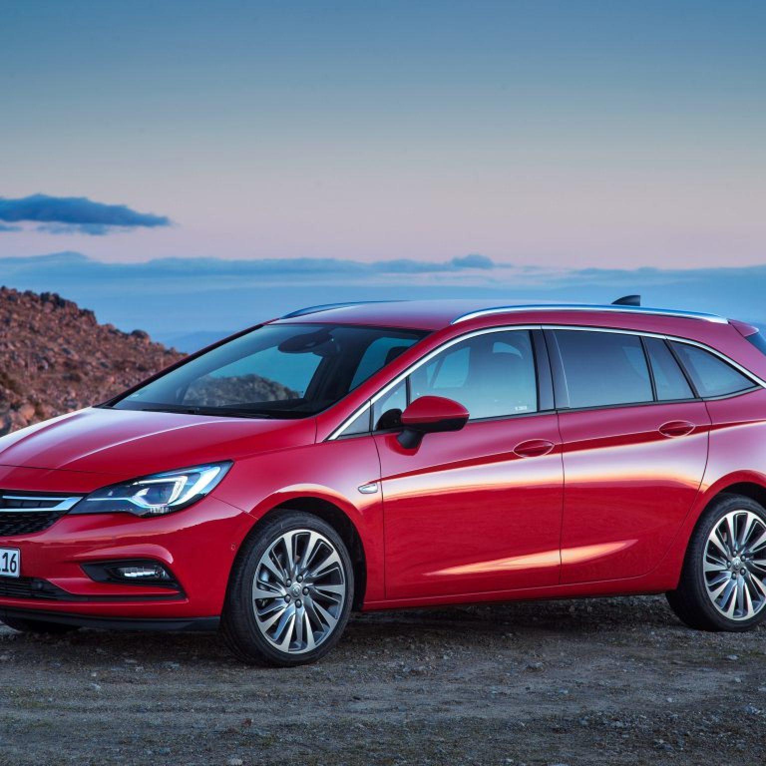 2016 Opel Astra Sports Tourer Biturbo