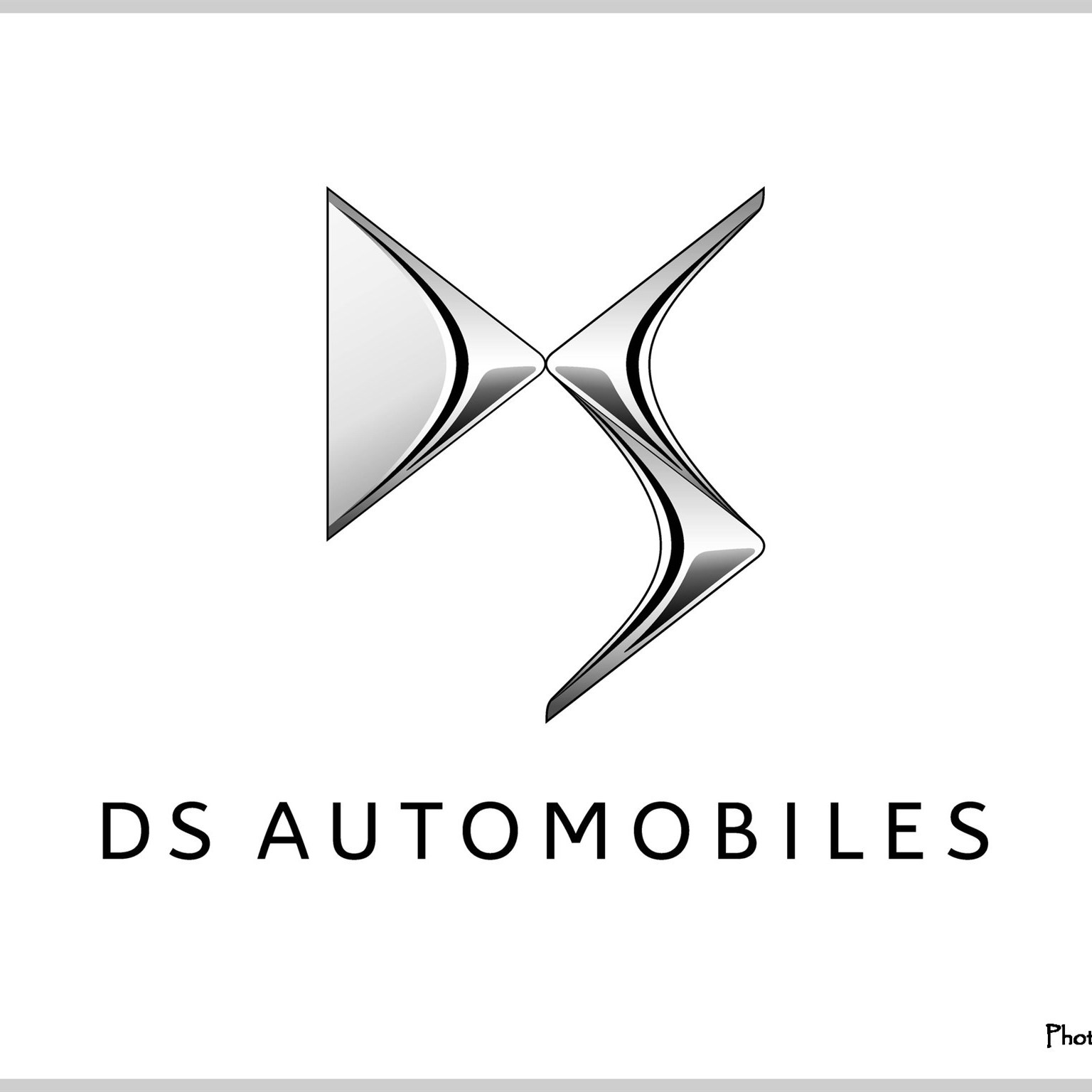 Logo DS Automobiles