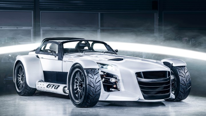 Donkervoort D8 GTO RS 2017 – 5 cylindres 400 ch et 480 Nm de couple.