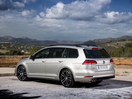 2017 Volkswagen Golf GTD Variant