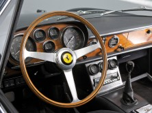 1964-Ferrari-500-Superfast-R1