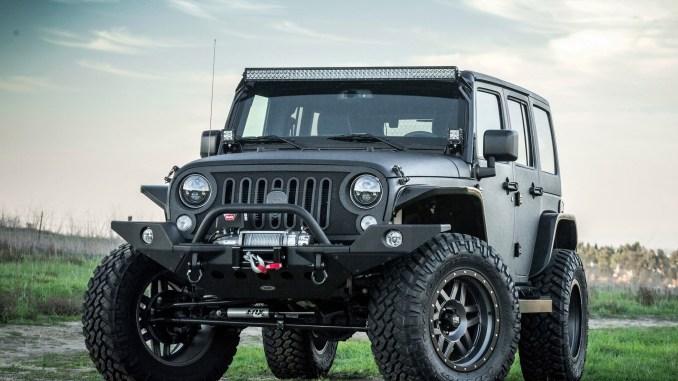 2015 Strut Jeep Wrangler