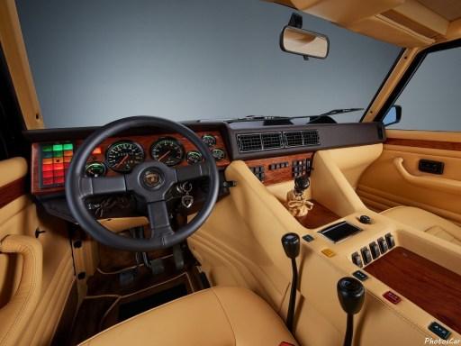 Lamborghini LM002 1986