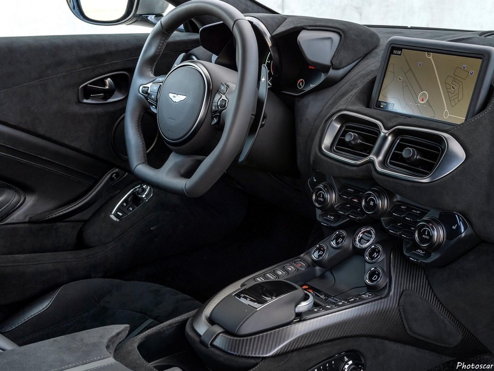 Aston-Martin Vantage Tungsten Silver 2019