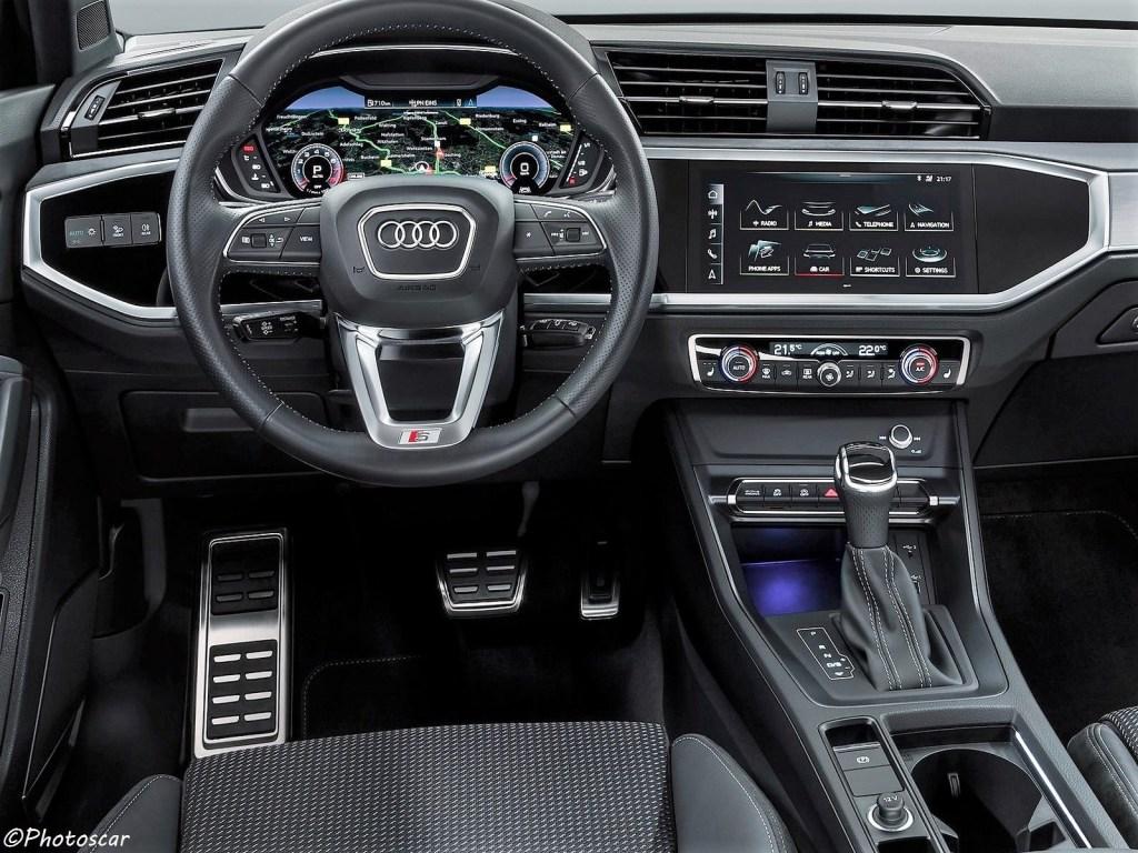 Intérieur de l'Audi Q3 2019