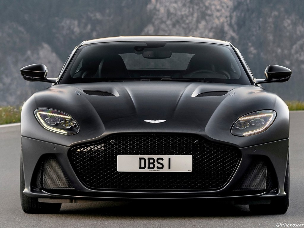 Aston Martin DBS Superleggera Xenon Grey 2019