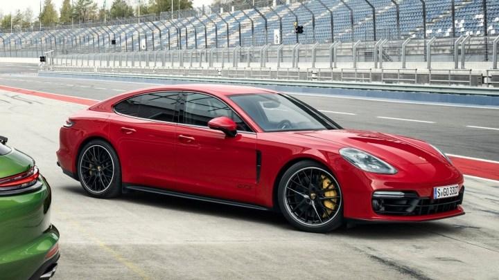 Porsche Panamera GTS 2019 – V8 bi-turbo 460 ch et réglage sportif