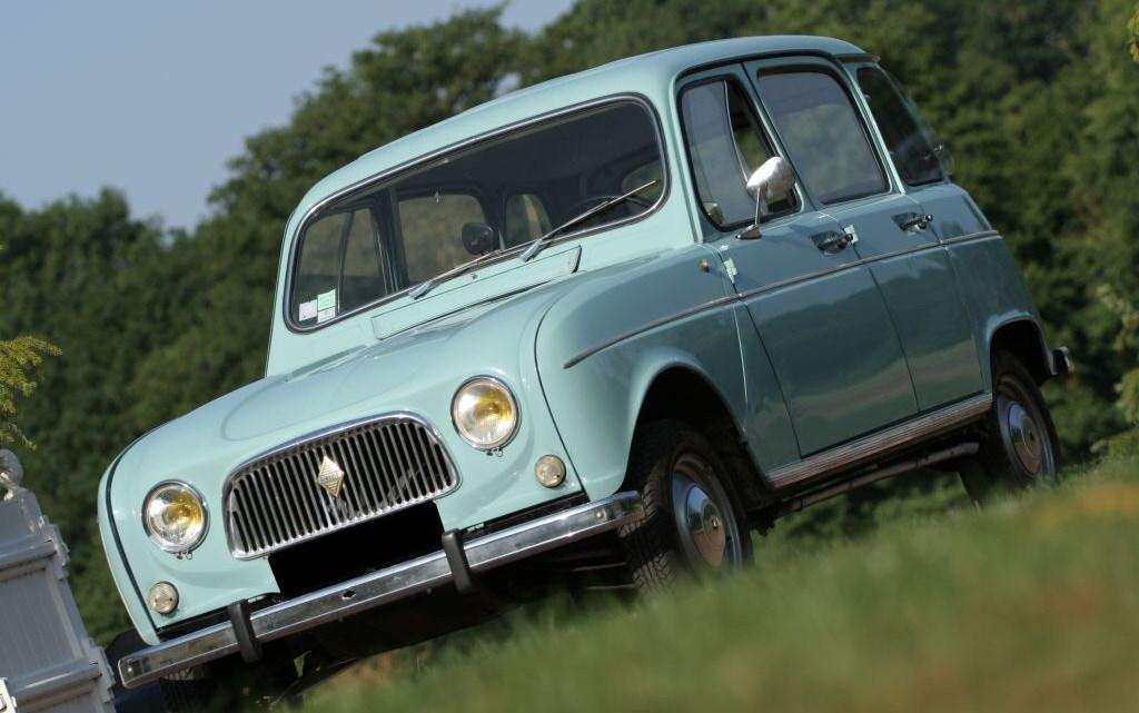 Renault 4 – En 1961, la nouvelle Renault se décline en plusieurs versions