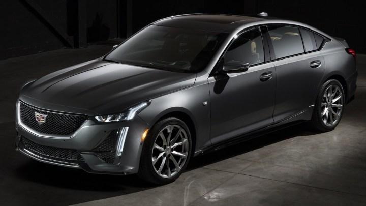 Cadillac CT5 2020 – Une position plus large et plus dynamique.