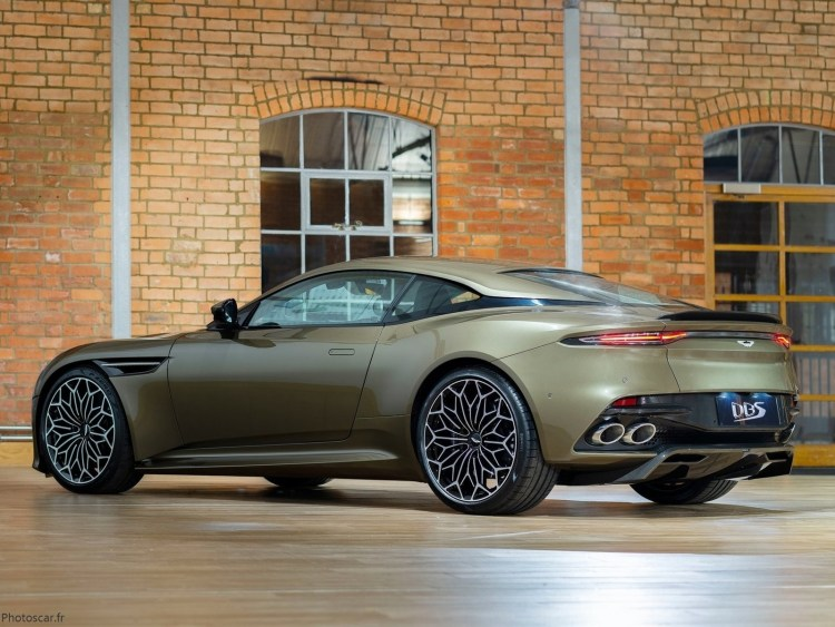 Aston Martin DBS Superleggera OHMSS Edition 2019