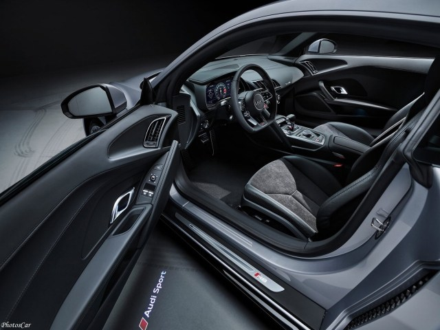 Audi R8 V10 RWD 2020