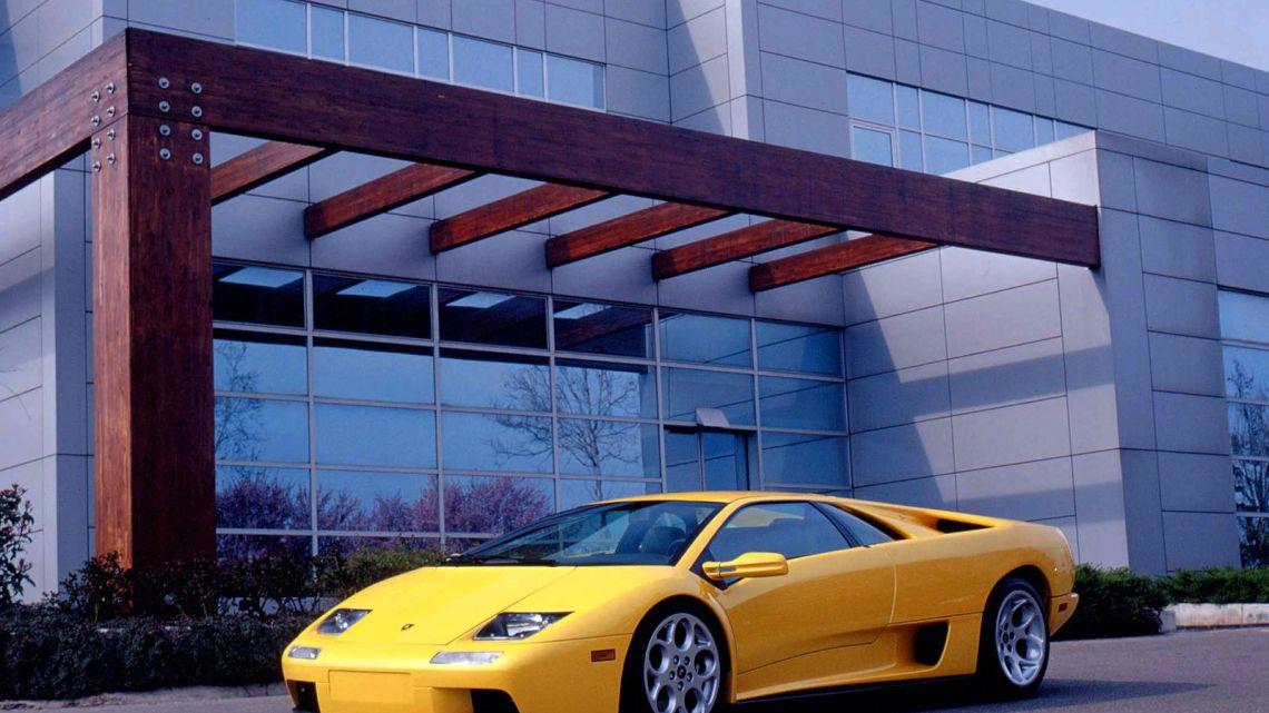 Lamborghini Diablo – Nom d'un taureau de combat particulièrement féroce.